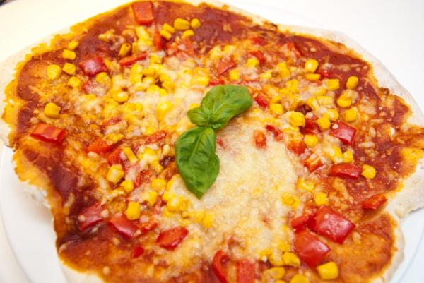 DSC 9783  Elsässer Flammkuchen // veg. Pizza
